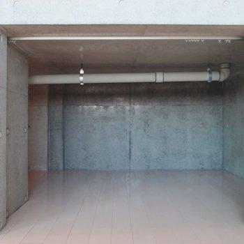 水周り下に3.3帖の床下収納!※写真は9階の同間取り別部屋のものです
