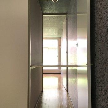 【洋室1】収納がLDに繋がってる、、!?