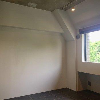 【洋室】白い壁がまぶしい!※写真は前回募集時のものです