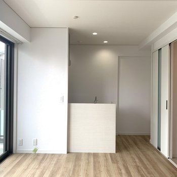 このシンプルな感じ。どんな家具も似合います