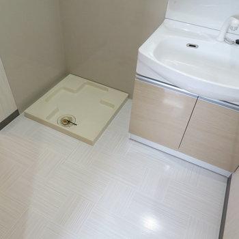 広めの洗面脱衣所(※写真は9階の同間取り別部屋のものです)