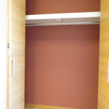 クローゼットもばっちり(※写真は9階の同間取り別部屋のものです)