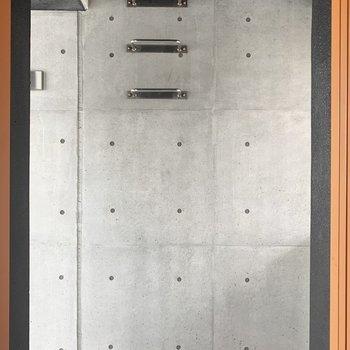 エレベーター扉開いた瞬間がもうすでにかっこいい