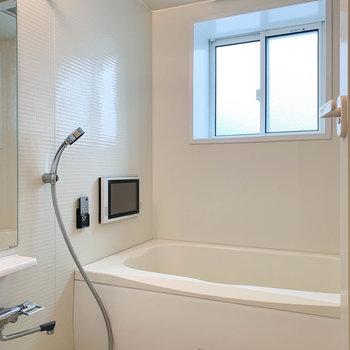浴室乾燥、追い炊き付きのお風呂。しかも....※写真は前回募集時のものです
