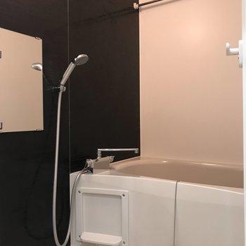 浴室乾燥機付きです!