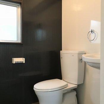 トイレはシンプルタイプ