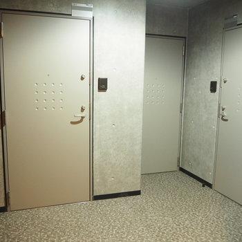 1階共用部はこんな感じ