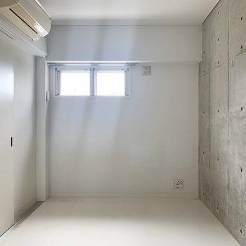 引き戸を閉めてしっかり個室に○(※写真のお部屋は清掃前です)