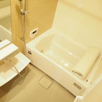 追い焚き機能に浴室乾燥機能付き。※写真は前回募集時のものです