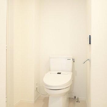 トイレが一緒になっています。※写真は3階の同間取り別部屋のものです