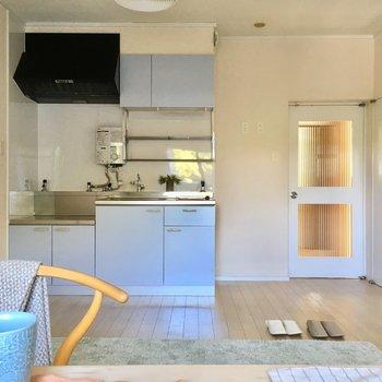 リビングは12帖。家具は北欧系をチョイス。(※写真はモデルルームです)