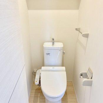 トイレは居室の外にあって、来客時も音など気になりません。