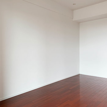 この辺り、家具置きやすそうだな〜