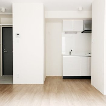 【上階】この空間に合う冷蔵庫を選びたいですね