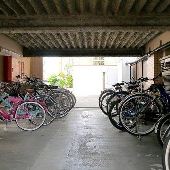 駐輪場もあるので、サイクリングする人や近所にお買い物にちょっと出たい時なんかはありがたい!
