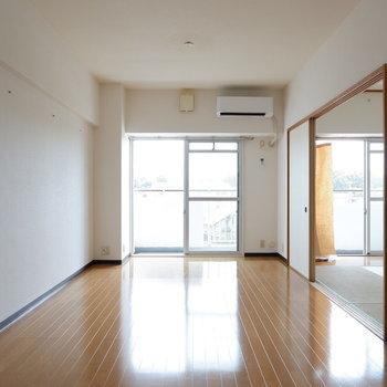 【LDK】奥行きがあります◎※写真は4階の同間取り別部屋のものです