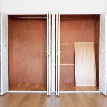【4.5帖ベッドルーム】とにかく大容量◎※写真は4階の同間取り別部屋のものです