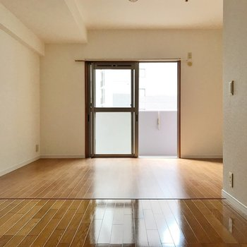 使いやすそうなお部屋なんです♩(※写真は2階の同間取り別部屋のものです)