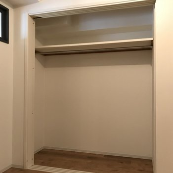 収納スペースも広々確保。