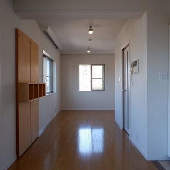 奥行き有りますね。※写真は5階の同間取り別部屋のものです