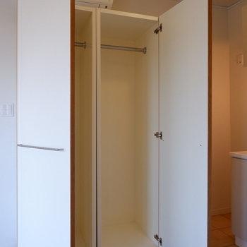 コチラの収納は移動可能ですよ!※写真は5階の同間取り別部屋のものです