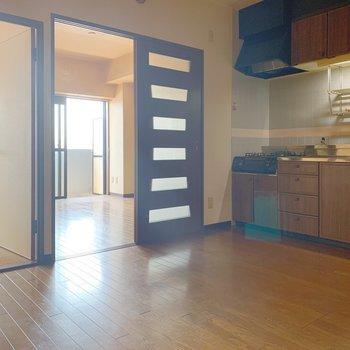 【工事前】右側の居室の扉・壁が取り外されます