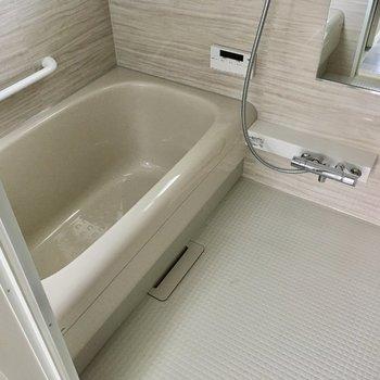 お風呂も嬉しい、ゆったりサイズだ〜!