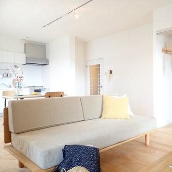 【家具イメージ】これぞワンルームの醍醐味!!お気に入りの家具で仕切って空間構成〜!