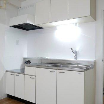 収納もあるので、安心のキッチン!