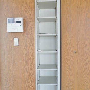 シューズボックスはこちら※写真は同タイプの別室。