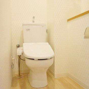トイレはゆったり!※写真は同タイプの別室。