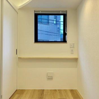 【寝室】窓ついてるから嬉しいですね※写真は2階の同間取り別部屋のものです