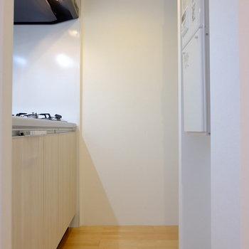 キッチンのスペースはこんな感じ(※写真は1階の同間取り別部屋のものです)