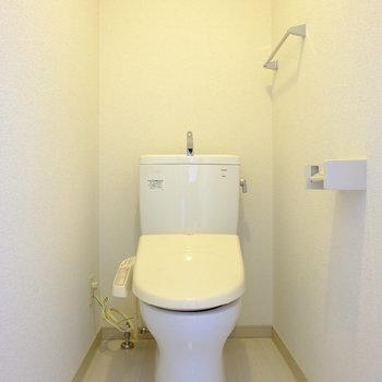 奥まったところにトイレがポツン...