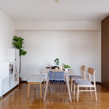 【LDK】一緒にご飯をたべることの、この上ない幸せ(※写真は4階の反転間取り別部屋のものです)