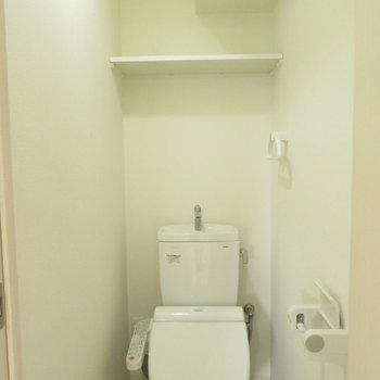 トイレの空間もいい感じ(※写真は3階の同間取り別部屋のものです)
