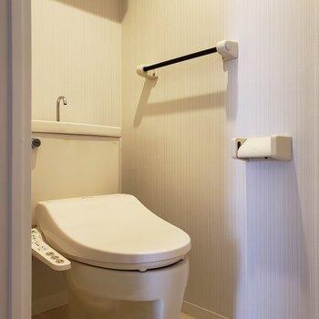 トイレは個室です