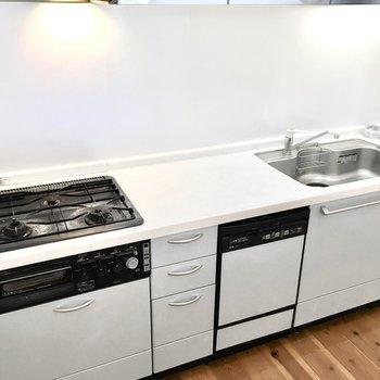 食器洗浄機までついて片付けまでラクラク♪