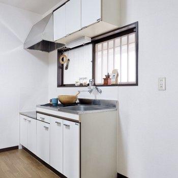 【DK】キッチン横には大型の冷蔵庫も置けますよ。