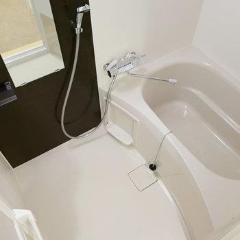 程良い広さ!浴室乾燥機もついています。