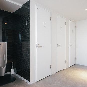 トイレは各階に男女別に◎※写真は前回募集時のものです