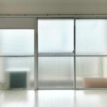 南向きのすりガラスの窓が、美しかったです。