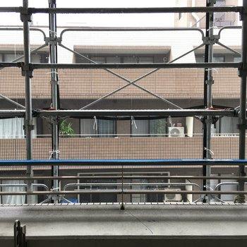 眺望は改修工事中でした。階数高いので人通りは気になりませんね。