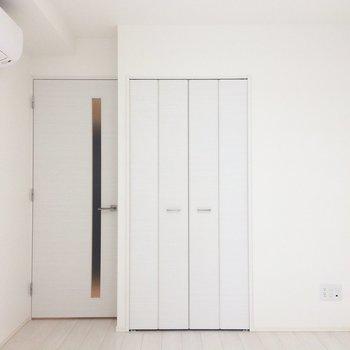 クローゼット見てみましょう。※写真は3階の同間取り別部屋のものです