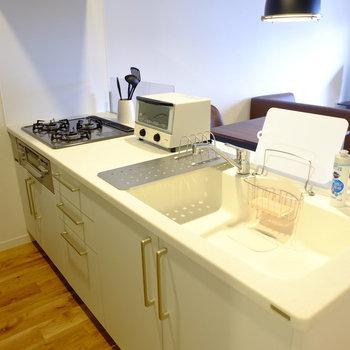 対面式キッチンは可愛くて使いやすいトクラス製キッチン
