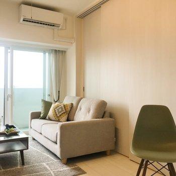 【LD】引き戸を閉めて、おやすみなさい。※写真は8階の反転間取り別部屋、家具はサンプルとなります