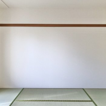 【和室】長押のレールを活用して、簡単な模様替えもできそう