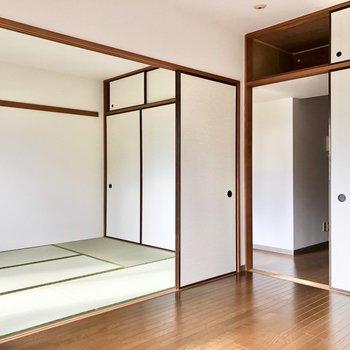 【洋室6帖】お隣の和室へ行ってみましょう