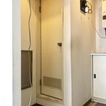 【工事前】脱衣所はなかったのですが、脱衣所&洗濯機置場新設します