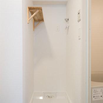 【イメージ】洗濯機置き場は一般サイズが置けます